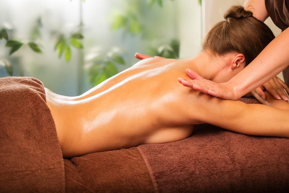 Belle soin esthétique massage décontractant à Châtel-Guyon et Mozac
