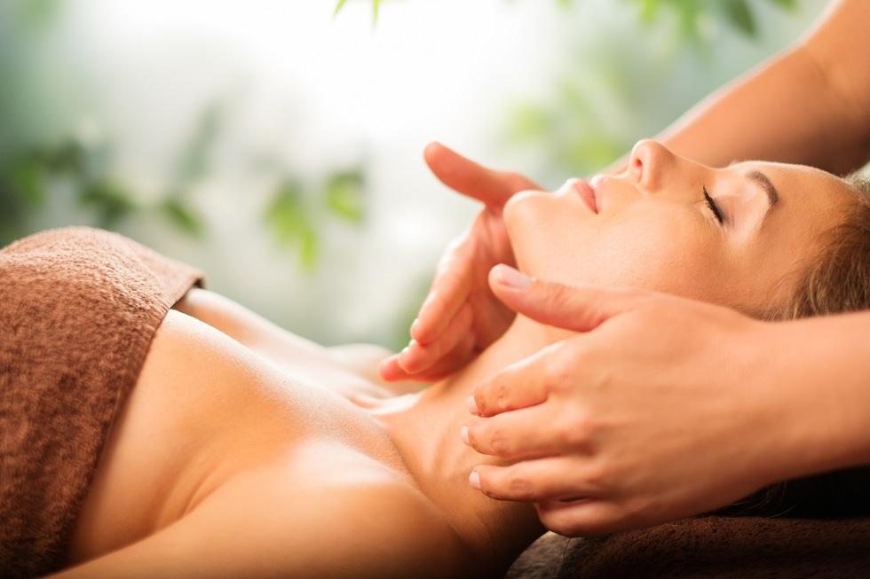 Belle massage et soin visage bien-être à Riom et Saint Bonnet Prés Riom