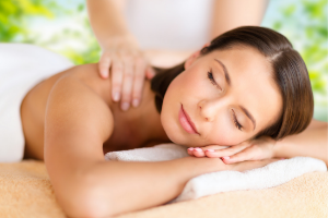 Belle soin esthétique naturel et bio massage Californien et laotien Décontractant et relaxant à Riom et Mozac